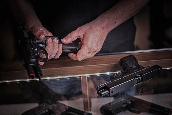 Girona Sesión Tiro con Pistola o Rifle de Asalto sin Pólvora, Girona, ESPAÑA
