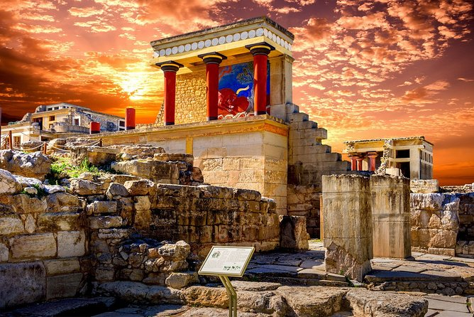 Enjoy the deep immersion in the history of the origins of Europe as you will travel back in the Venetian and Ottoman period by walking among the ancient monuments. Visit one of the most important archaeological Crete site - Minoan palace of Knossos and explore the Heraklion old town.