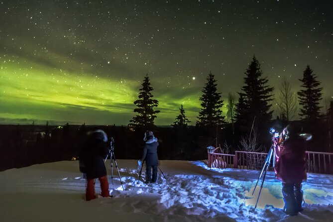 Learn from an expert how to photograph the night skies and the northern lights (aurora borealis) from the best viewing locations for Auroras in Talkeetna without having to scout the vast and unfamiliar winter landscape.<br><br>This is a private photography workshop. Only your group will participate
