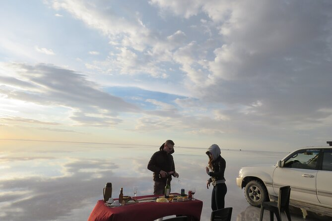 Welcome to Bolivia.<br><br>Visit the famous Salar de Uyuni, with personalized service from Sucre in Turistic Bus.<br><br>The Tour is organized from the pick-up and drop-off from the Hotels of Sucre, Bolivia.<br><br>We enjoy an overnight trip from Sucre to Uyuni, upon arrival after a delicious breakfast, we visit the great Salar de Uyuni, Isla Incahuasi, and the tour ends with a spectacular sunset on the salar of Uyuni enjoying reflection in the water .<br><br>At the end of the Tour we return to Sucre in our touristic bus to travel another 8 hours.