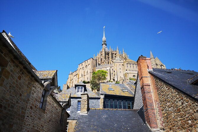 Normandy - Mont Saint-Michel Full Day Tour from Bayeux, Bayeux, FRANCIA