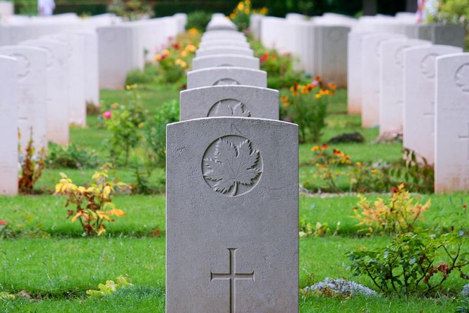 Normandy Canadian D Day Sites Half Day Tour, Bayeux, FRANCIA