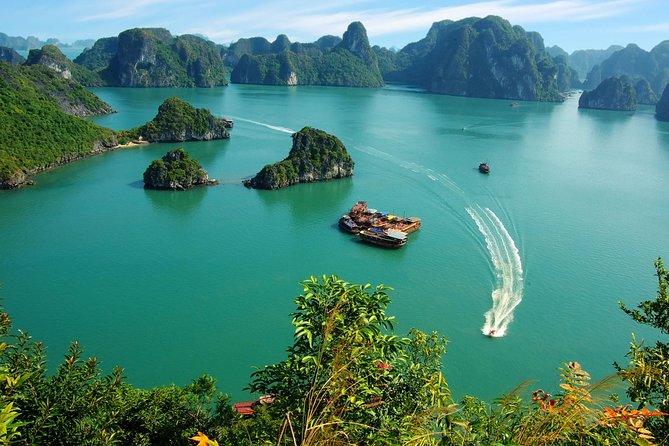 VIP Halong Wonder Bay Cruises Luxury Full Day, Halong Bay, VIETNAM