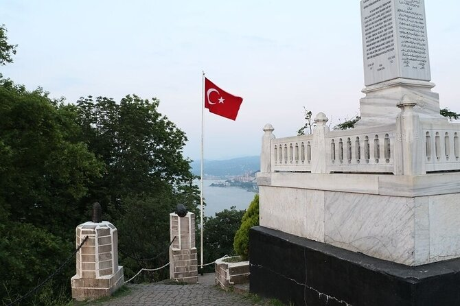 Chance to visit Giresun Island, Giresun Castle & Ordu town. Enjoy the magnificent sight from the Cable car. Take very rare and unique pictures up from Boztepe's hill. Free hot Turkish lunch. Pick up & Drop off.