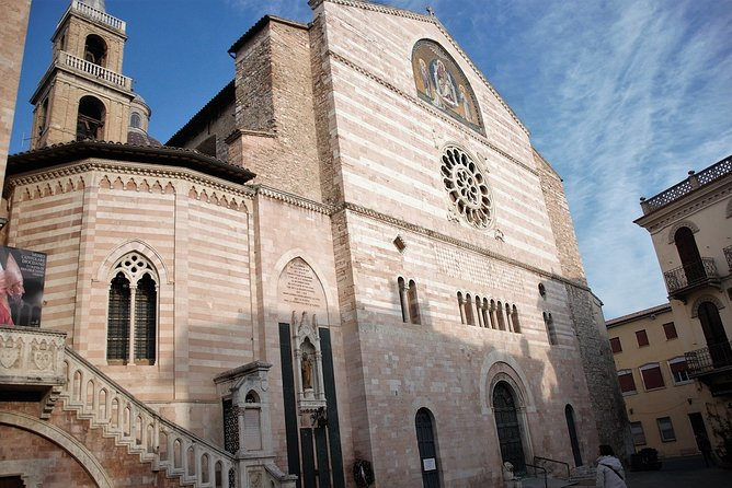 Foligno and the frescoes of Palazzo Trinci, a masterpiece of the Middle Ages – Private Tour, Assisi, ITALIA