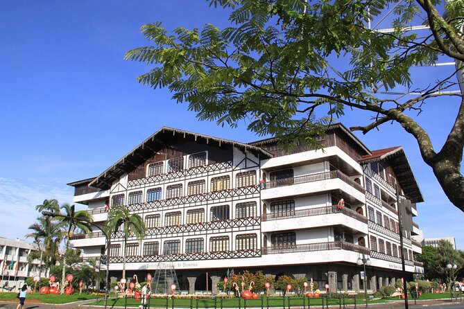 Visit the charming little city of Blumenau. Walk these streets and be taken to Europe as this German colonized city, carved in the south of Brazil, is very true to the culture of the country where its founding fathers were born.