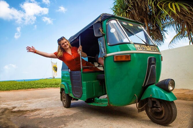 (SKU: LK6H050100) Explore the Negombo by Tuk Tuk, a very typical vehicle in Asia. During the tour, you may cover Fish Market which is the second largest fish market in Sri Lanka, Dutch Fort which has a fine gateway inscribed with the date 1678, Angurukaaramulla Temple with its 6m-long reclining Buddha, St. Mary's Church with thunderous ceiling paintings covering the nave and many more attractions by the roads.
