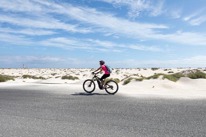 Two-day E-bike adventure with teepee glamping, Fuerteventura, ESPAÑA