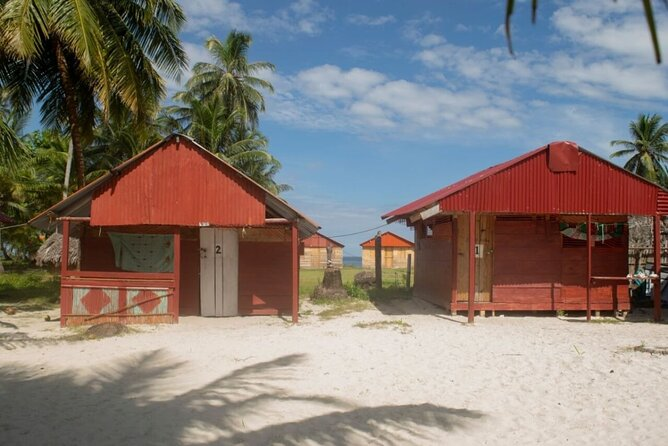 MORE PHOTOS, 2D/1N Isla Diablo San Blas in Shared Cabin with Tour & Meals included