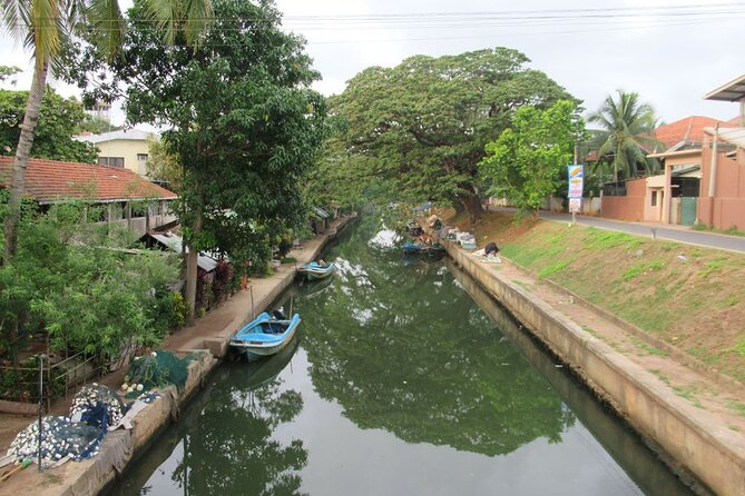 The network of canals serving the seaport of Negombo date back to the 15th century to the period of King Parakramabahu VIII. The Hamilton canal was completed by the British colonial government in 1804, to replace the 17th century Dutch canal, as a transport route for spices including cloves, cinnamon, cardamom, pepper and areca nuts. It is still a busy waterway for our fishing community today.<br><br>If On completion of the activities you will transfer back to the hotels where you picked up from.<br>Book now to be left with a lot of memories and an amazing experience that you will surely recommend to friends and family visiting Sri Lanka.<br>