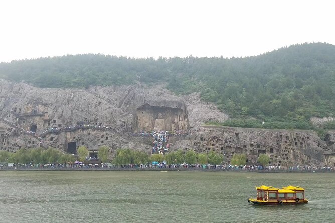 Private Day Tour in Luoyang: Longmen Caves, Baima Temple, Ancient Art Museum, Luoyang, CHINA