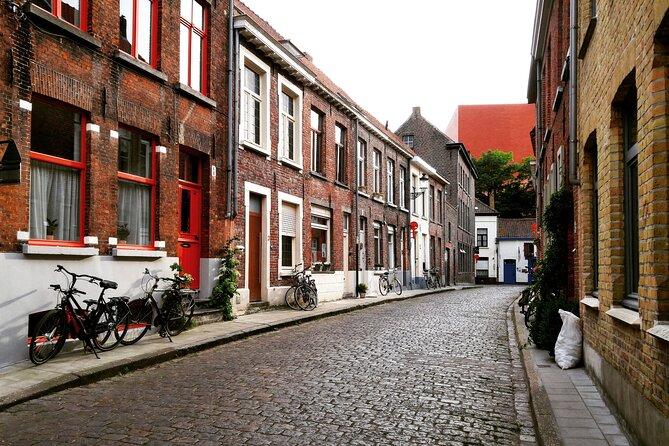 MÁS FOTOS, Surprise Walk of Bruges with a Local