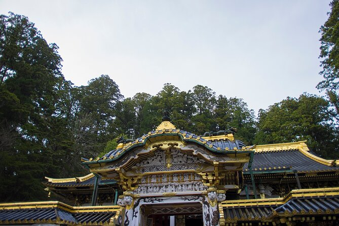 Escape from busy Tokyo! You will get to the UNESCO World Heritage Site, Nikko. Nikko is the entrance to Nikko National Park, the historic Toshogu Shrine and the mausoleum of Tokugawa Ieyasu, the founder of the Tokugawa Shogunate. Our local Nikko guide will show you places with rich Japanese history, culture, and breathtaking scenery all in one day.