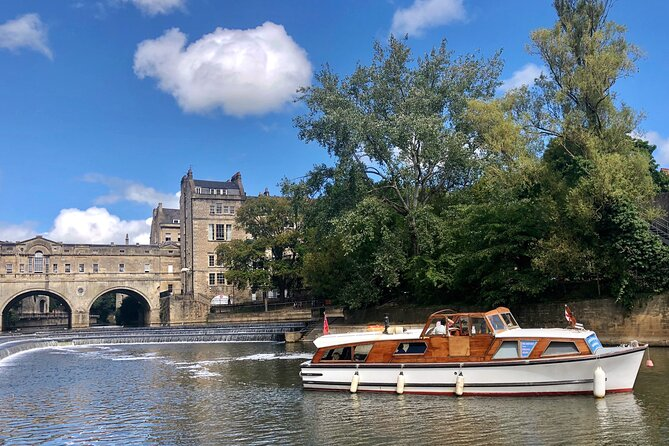 Enjoy a different view of the glorious heart of Bath, one of England's most beautiful cities and a UNESCO World Heritage Site, on this 25-minute river trip in a traditional river cruiser. Relax and enjoy the trip with a Prosecco, Bath Ale, Coffee or Tea available to purchase.