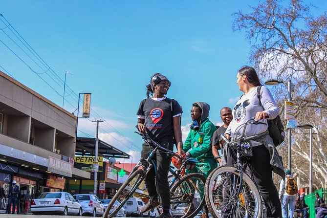 An amazing combination of our inner-city tours, put together in a cycle tour to give you a glimpse of Berea, Yeoville, Bertrams, Ellis park and maker's valley.<br><br>This tour will take you to see Johannesburg in a way that you never imagined true. Starting with a brief tour of the iconic Ponte City tower (Vodacom building)<br><br>This will let you in on the history of not just Joburg, but will take you through the transformation of what Hillbrow and Berea used to be (90's version of Sandton) to the now status. You will understand the reasoning behind the unexplained mysteries of this side of town. The interaction with the local people , getting to taste the carefully brewed coffee and their Kota's will blow your mind, and to finish off you will get to meet local entrepreneurs and makers, that help prevent gentrification and uplift their communities. <br>