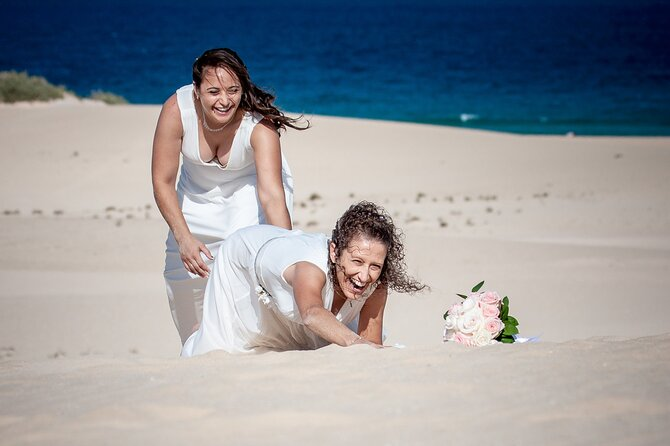 Private Pro Photoshoot in the Dunes of Corralejo, Fuerteventura, Espanha