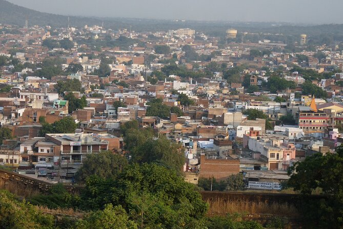 Experience authentic Jhansi on this amazing walking tour of the old town with our fun and entertaining storytellers. This walking tour will give you a great induction of the city, its history, its vibrant culture, and its people with lots of wonderful stories about the city, fun facts and must do things in the city.<br><br>Our walks are blend of historical elucidation and curious anecdote laced with mildly scurrilous talk about past and present celebrities and defunct royals. We will cover some of the city highlights along with hidden places and forgotten nooks of the old city during the walk. <br><br>Highlights:<br>1. Explore Jhansi beyond the typical tourist spots and enjoy the stories and tales about the city from your guide <br>2. See the city through the eyes of a local and discover the numerous mesmerizing places Jhasi has to offer. <br>3. Capture the vibrant atmosphere of this colorful city on this memorable walking tour with an infotainment-style ensuring that you will not be bored.