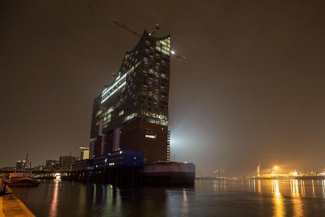 A Night In Hamburg's St Pauli With A Local: Private & Personalized, Hamburgo, ALEMANIA