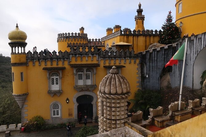 Sintra - Through Palaces and Royal Gardens Private Day Tour, Cascais, PORTUGAL