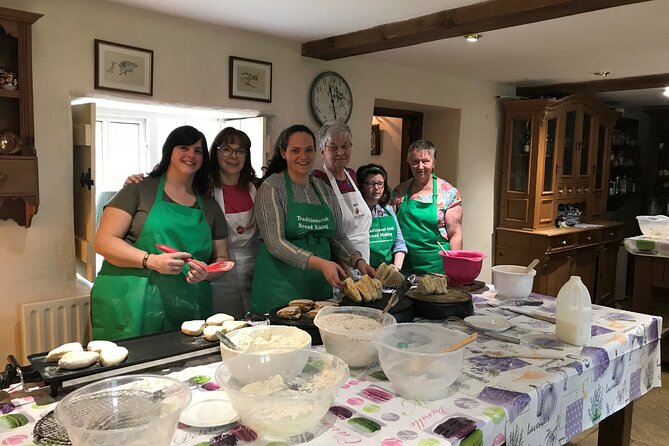 Tracey's Farmhouse Kitchen - Traditional Bread Making Experience, ,