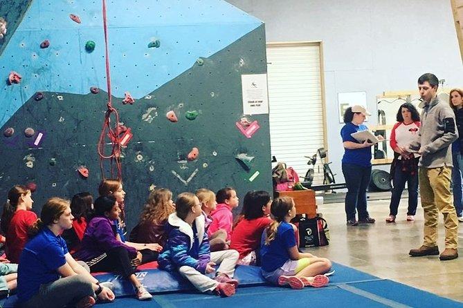 Climb Upstate Rock Climbing Gym Day Pass, Greenville, SC, ESTADOS UNIDOS