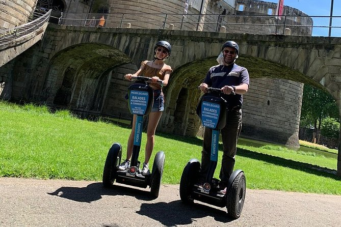 Aftera short training session on the Segway, we will explore Nantesin a unique way with 60-minute small group Segway tour. See the city'sbeautiful architecture, its famous Castle where the Britany's Dukes lived, the reflecting mirrorand other famous sights. Ride through the streets and discover the history of the Bouffay's district. <br><br>This tour starts at 5pm everyday, except on Saturday (1 tour at 10am and another one at 6pm).