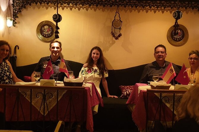 Sultana's Belly Dancing, Shows and Dinner in Istanbul (Official and Direct), Estambul, TURQUIA