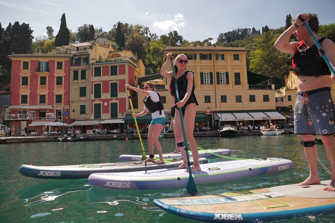 Learn how to paddle-board and <br><br>discover the coast of Portofino from an <br><br>unusual and exclusive perspective! Together with an instructor, <br><br>learn the basic techniques of the stand up paddle board in the bay of Paraggi, extremely safe as it is forbidden to nautical traffic. And after the course, put the teachings into practice! <br><br>Explore the wonders of the promontory and protected marine area of Portofino from an unusual perspective. Thanks to the perfectly perpendicular position on the sea, you can enjoy a breathtaking view, above and below the water.