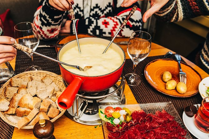 MAIS FOTOS, Private Trip from Geneva to Gruyeres: Cheese & Chocolate Tasting