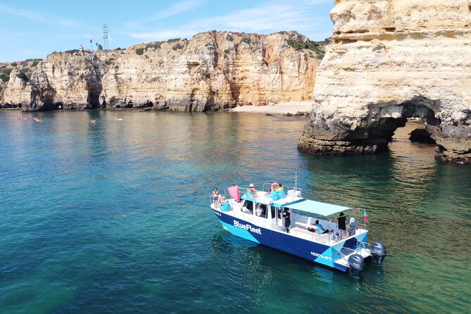 "During two and a half hours we'll be cruising along the Coast of Lagos and the famous rock formations of 'Ponta da Piedade'.<br><br>These impressive and dramatic rock formations have taken on their distinctive forms after many years of being sculpted by the crashing waves of the beautiful surrounding waters.<br><br>The Catamaran ""Freddie"" has cushioned seats with back support. It also has a toilet and confortable stairs to get in the water.<br><br>In the midle of the trip the captain drops the anchor, and you will have the possibility of swimming in a sheltered bay."