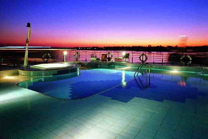 Amazing Sailing Nile cruise from Luxor for 2 Nights, Guiza, Egito