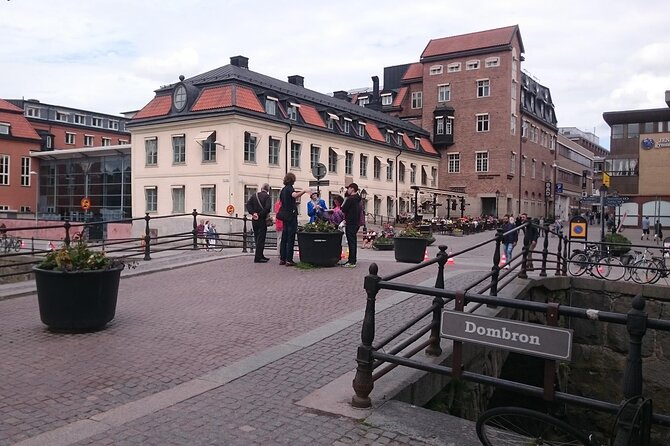 Visit the city of Uppsala and explore the curious, strange and wierd history that Uppsala university have, as the oldest university in the Nordic countries you got many tales. All from the student writing a contract with th devil to the artic cat who got broke by building the university main building and much more than so. Only run if at least two travelers book.