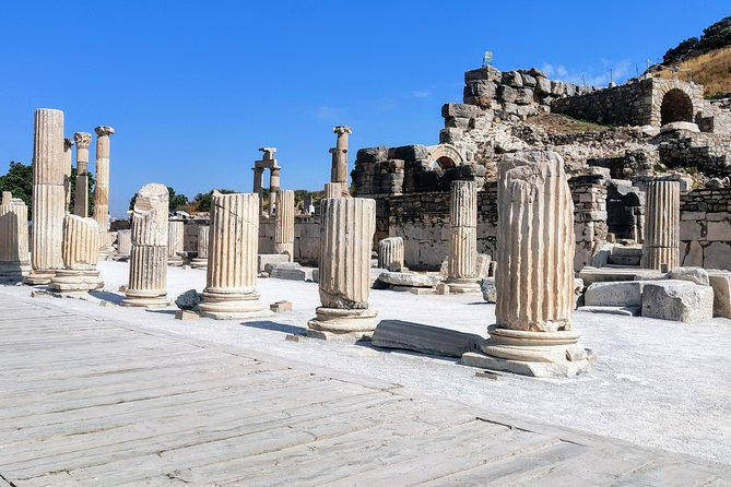 Private Tour from Izmir to Ephesus, Artemission, Virgin Mary House incl. Lunch, Selcuk , Turkey