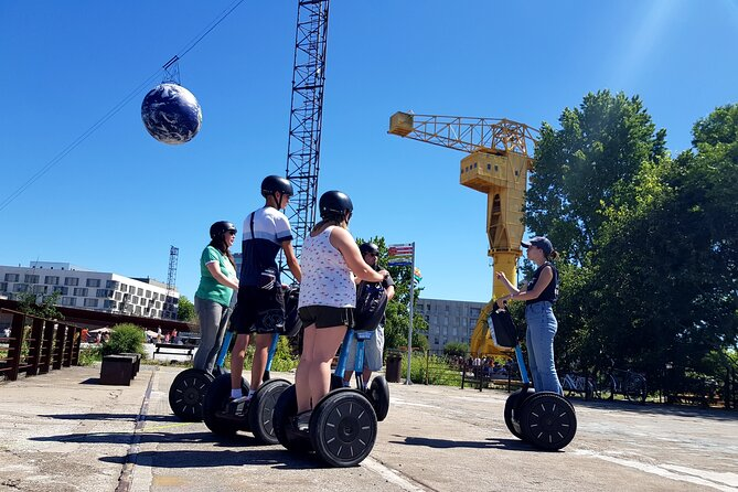 Segway guided tours are a very special and surprising way to visit Nantes. It's also convenient in most streets. It makes good memories and allows you to visit a city in a few hours instead of a few days.
