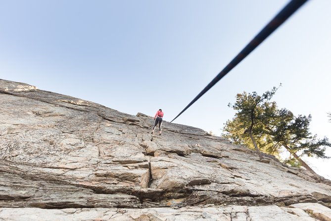 Rock Climbing Skaha Bluffs - Guided Group / Family Activity 5 pp- Penticton., Kelowna y Okanagan Valley, CANADA