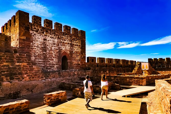 Take a tour to Silves and visit the stunning castle. Then explore the highest Mountain in the South of Portugal, with 360º views for all the Algarve!