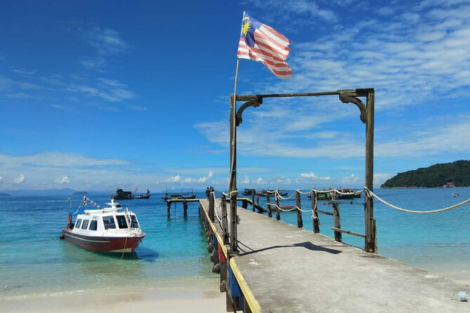 Enjoy scenery without having to worry about traffic or maps. Your adventure begins with a ferry ride from the Kuala Besut Jetty; after about an hour, you will arrive at Perhentian Island. This beautiful island boasts relatively untouched white sandy beaches, clear teal waters, and thick and fertile jungles.