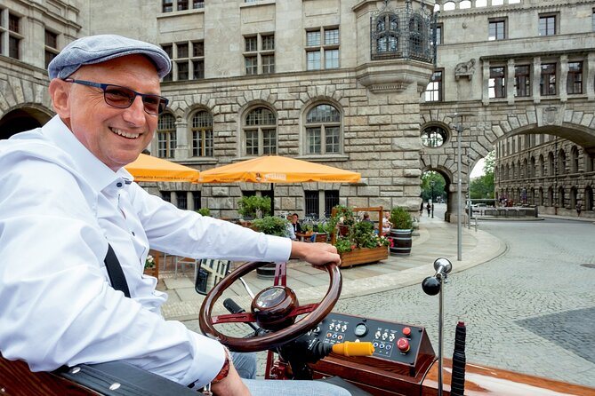 MÁS FOTOS, first electrical carriage in town - guided City Tours - Leipzig