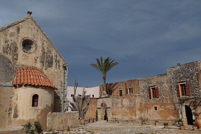 Private Tour Crete: Walk the old town of Rethymno, Arkadi Monastery, Lake Kourna, ,