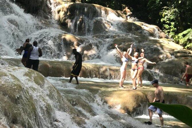 Excursión combinada a las cascadas del río Dunn y tubing desde Ocho Ríos, Ocho Rios, JAMAICA