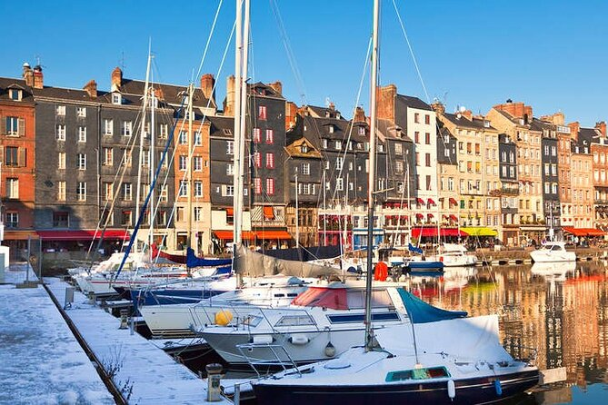 Etretat, Honfleur, Deauville Self-Guided Tour from Le Havre, El Havre, FRANCIA