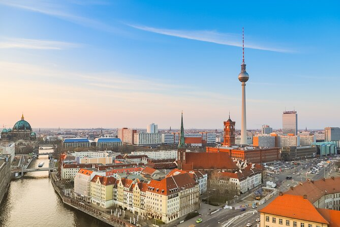 Departure Airport Transfer from Potsdam Hotels to Berlin BER Airport, Potsdam, Alemanha