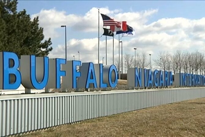 Round-Trip Private-Safe Transfer Between Buffalo Airport & Niagara Falls Canada, Buffalo, NY, ESTADOS UNIDOS