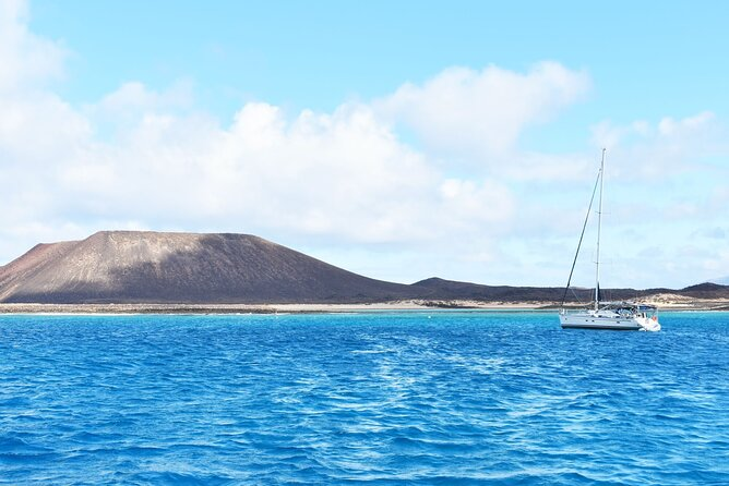 Ferry to Isla de Lobos: round-trip tickets from Corralejo, Fuerteventura, Espanha