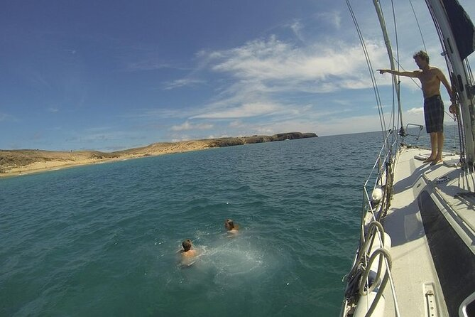 Barco privado al atardecer para parejas desde Corralejo, Fuerteventura, ESPAÑA