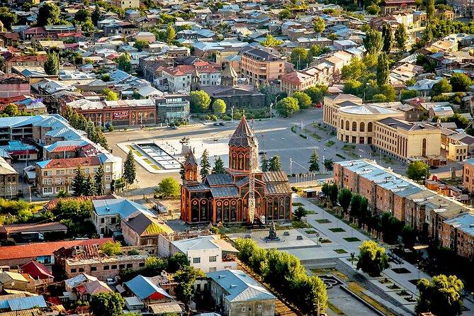 MÁS FOTOS, Group Tour: Gyumri (Urban Life museum, Black fortress, old town), Harichavank