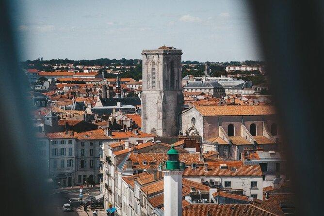 MAIS FOTOS, Private City Exploration Game in La Rochelle