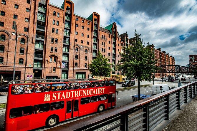 Excursão em ônibus panorâmico por Hamburgo - dois andares vermelho, Hamburgo, Alemanha