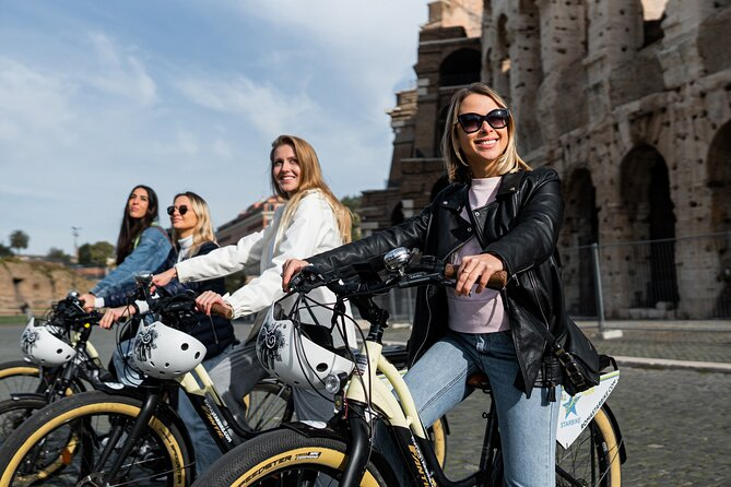 Visiting Rome in the morning is a suggestive experience, with less traffic you can easily admire the monuments and history of the Eternal city. Visit the city center on an e-bike! The tour is suitable for everyone, because there are no hills and an electronic assisted function.<br>Discover not only one of the most famous streets in the world, the Roman forums, but also alleys and hidden squares that surround it. Explore the small but still evocative cracks, rich in monuments, majestic fountains, churches and ancient buildings that make the city unique.<br>During the e-bike tour we will also see some places reconstructed in the ancient setting in 3D. You will see virtual reality reconstructions of the Circus Maximus and the Colosseum like never before, always with your guide next to you, who will inform you about everything you really see with 3D viewers. Explore the city as it was 2000 years ago!<br>Summer will be an early departure to appreciate the city even more in its tranquility