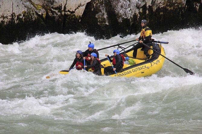 MAIS FOTOS, Wet and Wild Elaho Exhilarator Rafting- Squamish